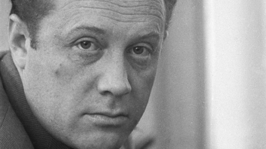 Скончался писатель исценарист Александр Рекемчук
