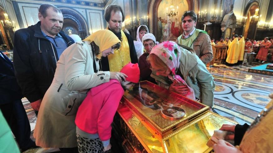 Ковчег с мощами Николая Чудотворца уезжает в Бари