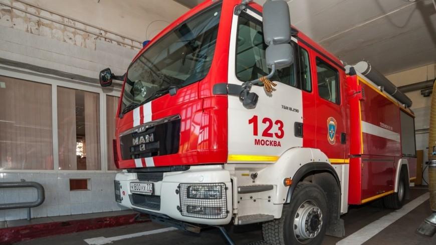 Из-за пожара всауне насевере столицы эвакуировали 20 человек