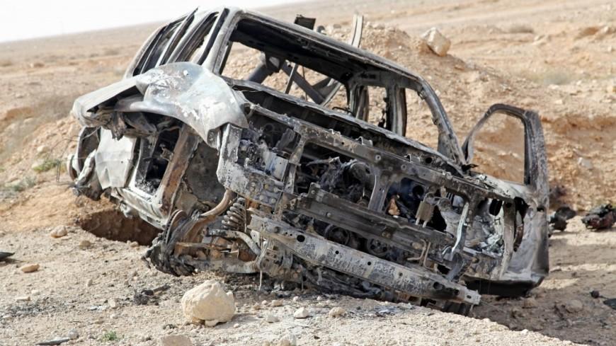 В Идлибе смертник на заминированной машине протаранил конвой боевиков