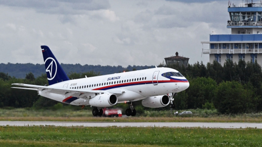 «Аэрофлот» получит влизинг отВЭБа 20 самолетов Sukhoi Superjet 100