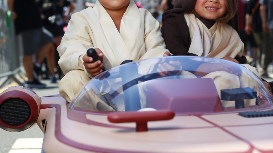 Вначале осени стартуют продажи Landspeeder Люка Скайуокера из«Звездных войн»