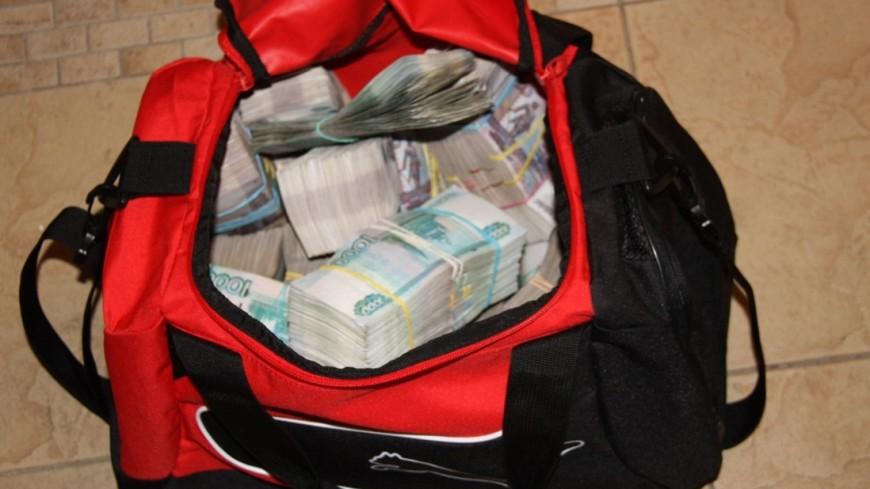 ВоВладивостоке милиция возвратила собственнику сумку с 2-мя миллионами руб.