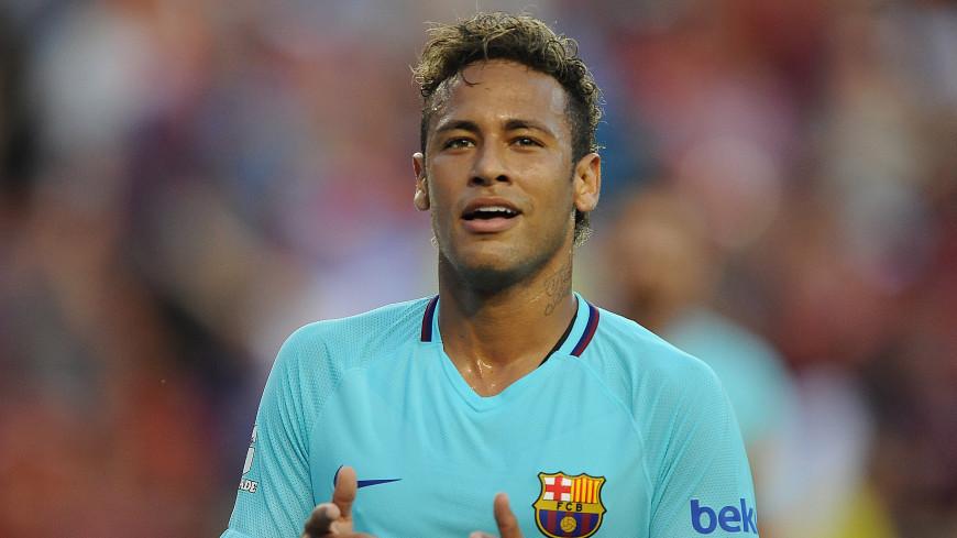 Бразилец Неймар помахал кулаками на тренировке «Барселоны»