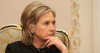 Клинтон пообещала усилить давление на Россию