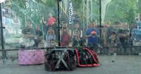 Живучие железяки: в Москве схлестнулись 100-килограммовые роботы