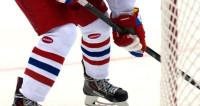 Хоккеист Павел Буре отмечает 45-летие