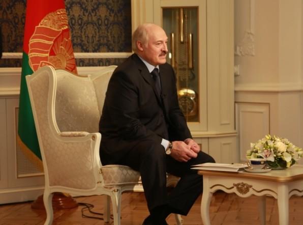 Лукашенко: В Европе надо не строить железные занавесы, а наводить мосты