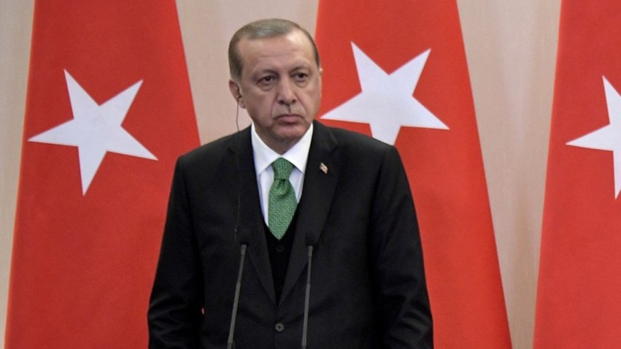 Эрдоган упал вобморок вовремя молитвы напразднике Ураза -байрам