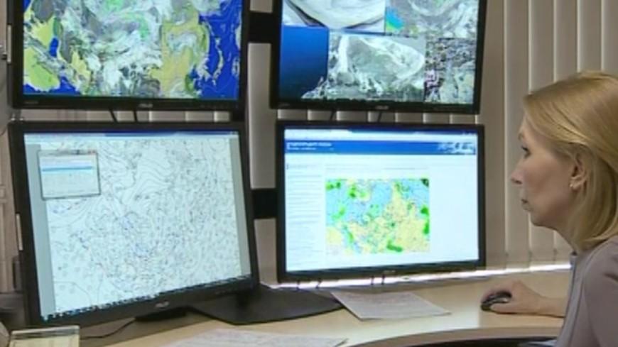 Гроза иветер стали предпосылкой для объявления жёлтого уровня опасности в столицеРФ