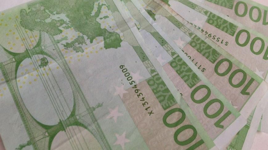 Житель Канн продал комод с забытыми в нем €180 тыс.