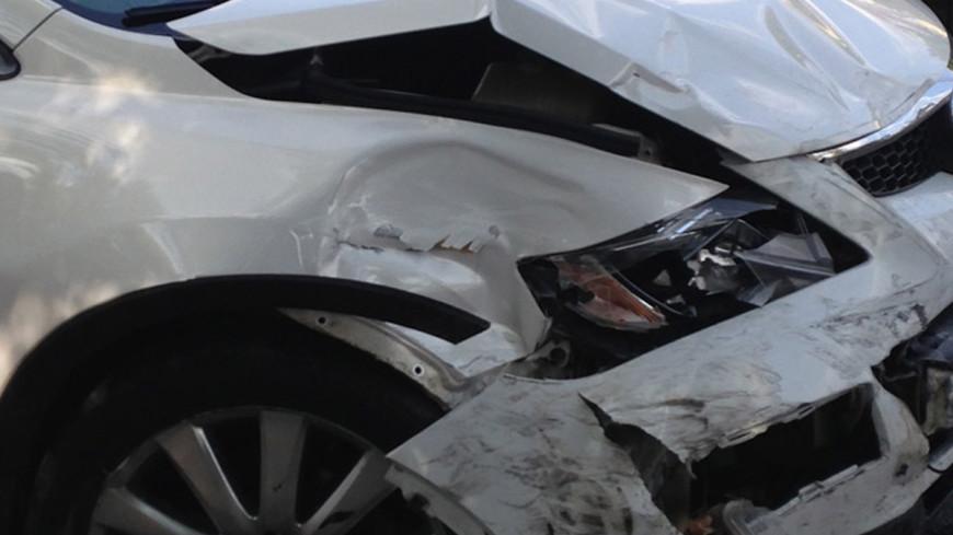 Наледь спровоцировала аварию из 10 авто на Можайском шоссе