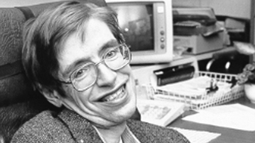 Физик Стивен Хокинг завел аккаунт в  Facebook