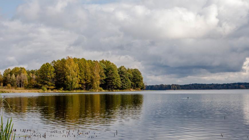 Ученые пытаются разгадать тайну Голубого озера