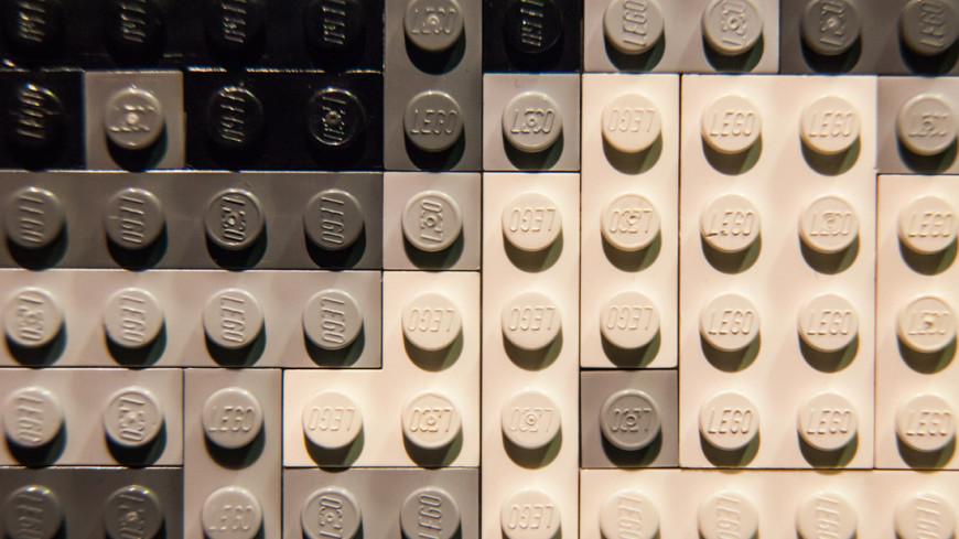 Собранный из конструктора Lego Porsche испытали на прочность