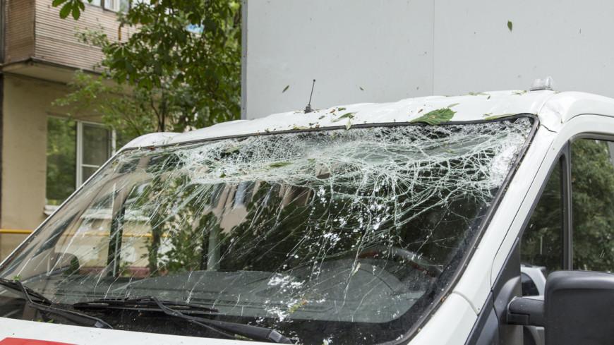 Ураганный ветер сорвал крышу районной больницы на Сахалине