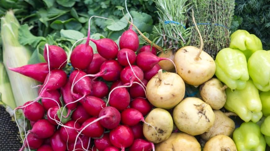 В Кыргызстане подорожали овощи и крупы