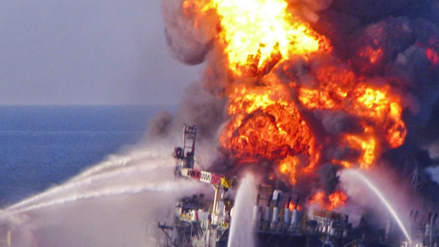 «Гюнешли» в огне: пожар на Каспии пополнил список громких нефтяных аварий