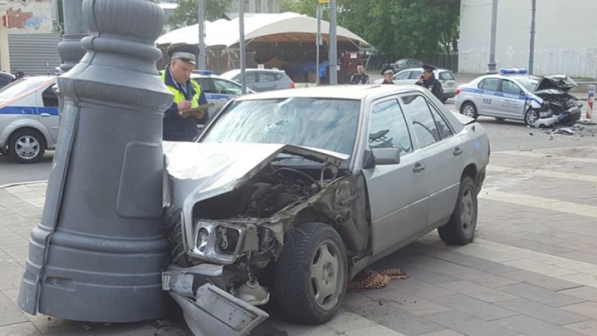Число раненых в ДТП с полицейским авто в Москве возросло до шести