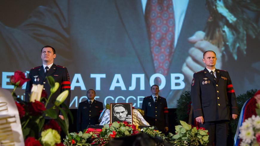 В кинотеатрах Москвы бесплатно покажут фильмы с Баталовым