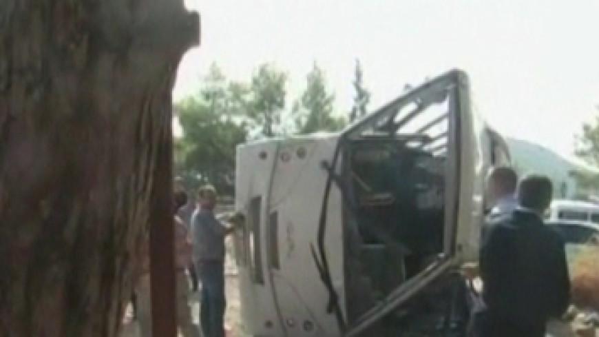 ДТП в Таиланде: 11 человек сгорели в заблокированном микроавтобусе