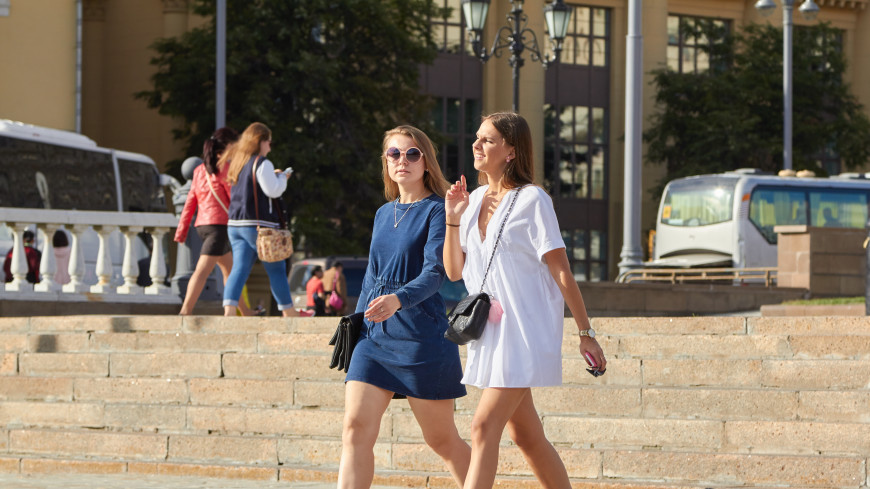 Психологи: Женщинам полезно сплетничать