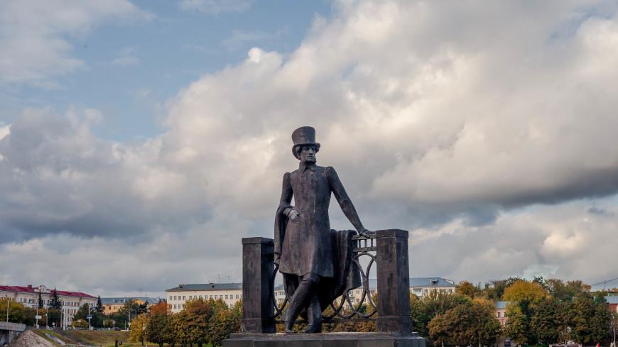 Россияне и иностранцы назвали любимым писателем Пушкина