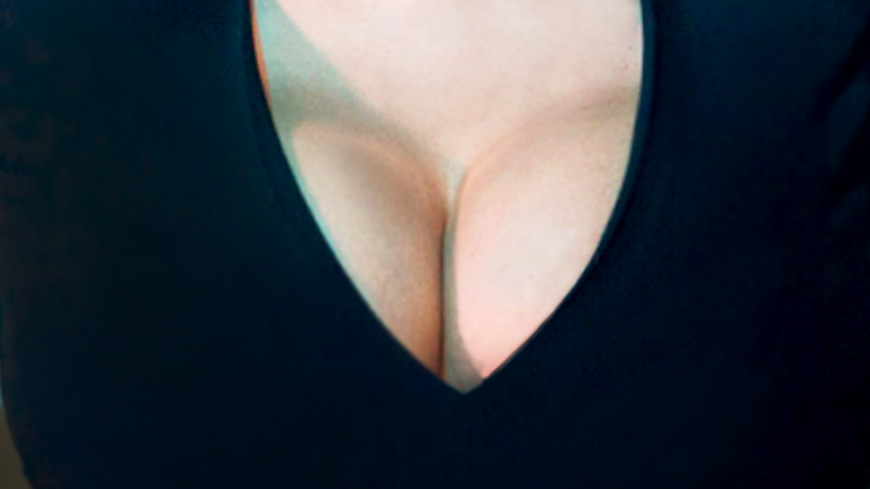 Москва и Киев поссорились из-за женской груди
