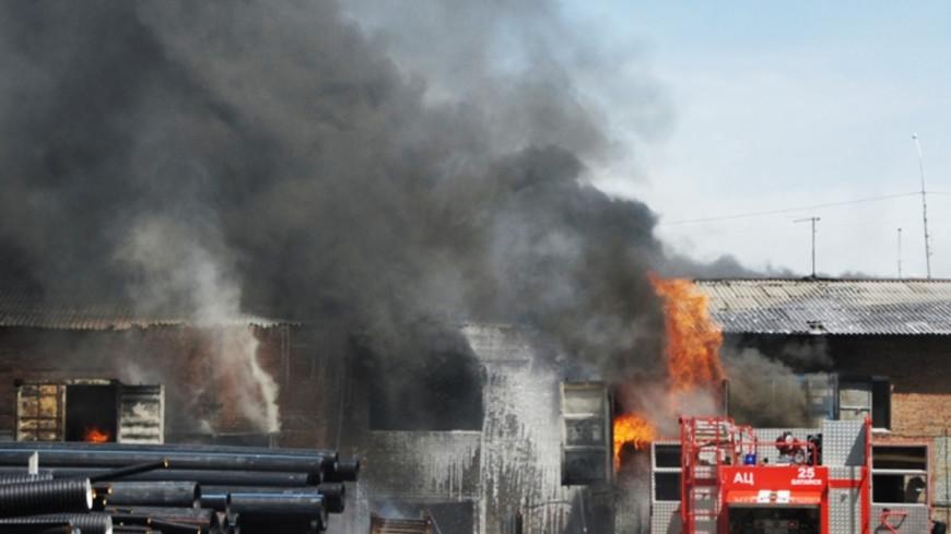 Под Курском на складе с боеприпасами разгорелся пожар