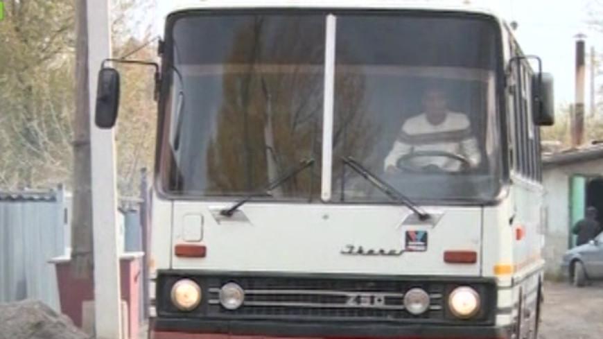 В Казахстане умельцы превратили автобус в баню
