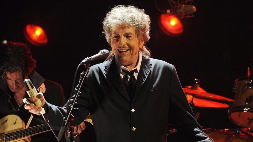 Боб Дилан списал Нобелевскую лекцию с сайта для школьников
