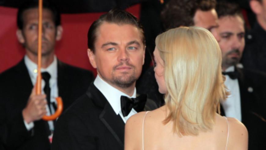 Ди Каприо застали в Малибу в компании загадочной женщины