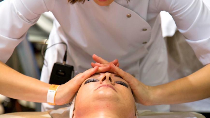 Прошивка лица: на что способны косметические нити