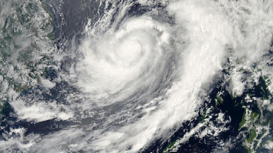 Власти Мексики объявили тревогу в связи с приближением урагана «Норберт»