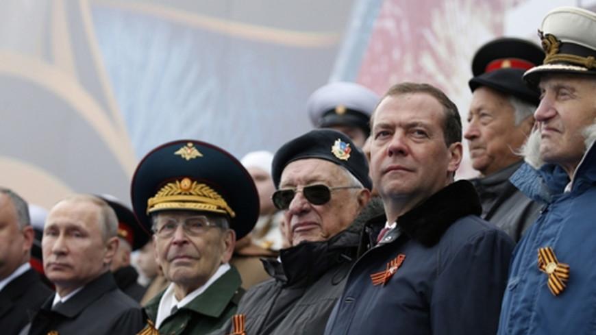 Медведев: День Победы - великий день для нашей страны