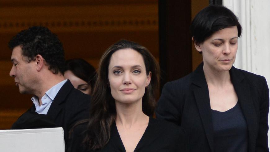 Анджелина Джоли в опасности
