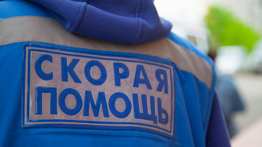 Грузовик насмерть сбил женщину с ребенком в Крыму