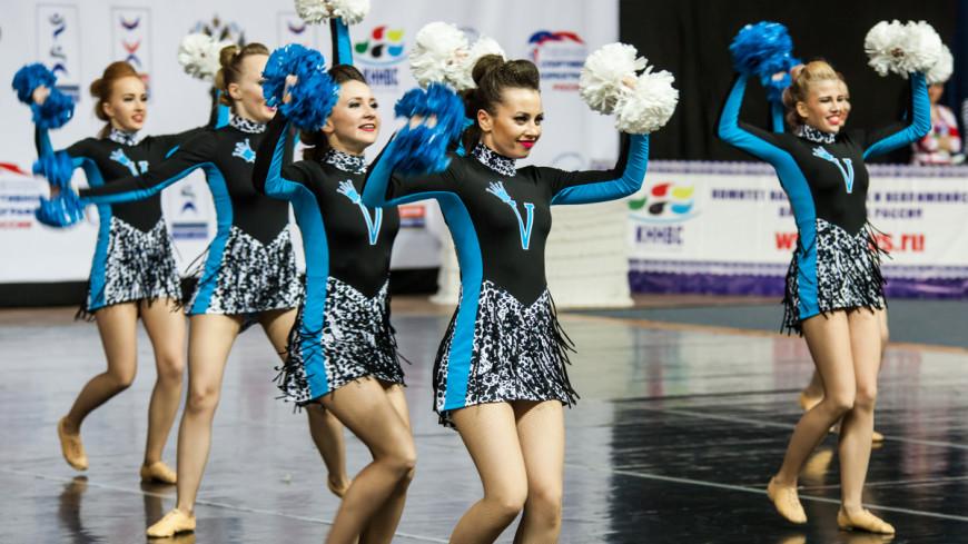 Танцуй, пока перерыв: чемпионат России по черлидингу