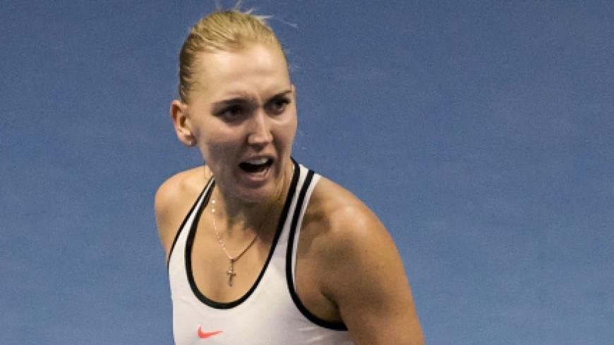 Теннисистка Веснина выиграла две позиции в рейтинге WTA