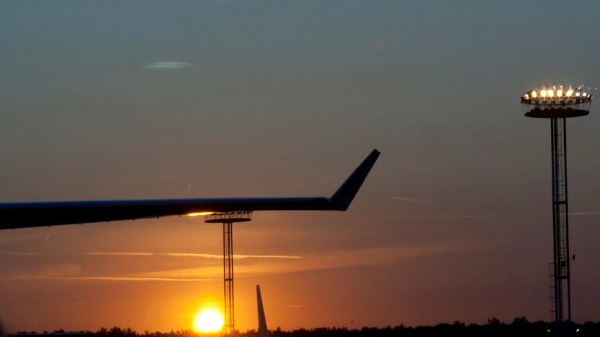 Самолет экстренно сел в Риме из-за жуткого запаха в салоне