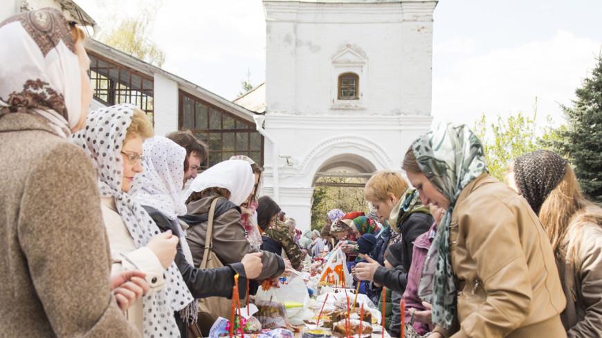 Пасха, шествие и дача: как в России прошли майские праздники