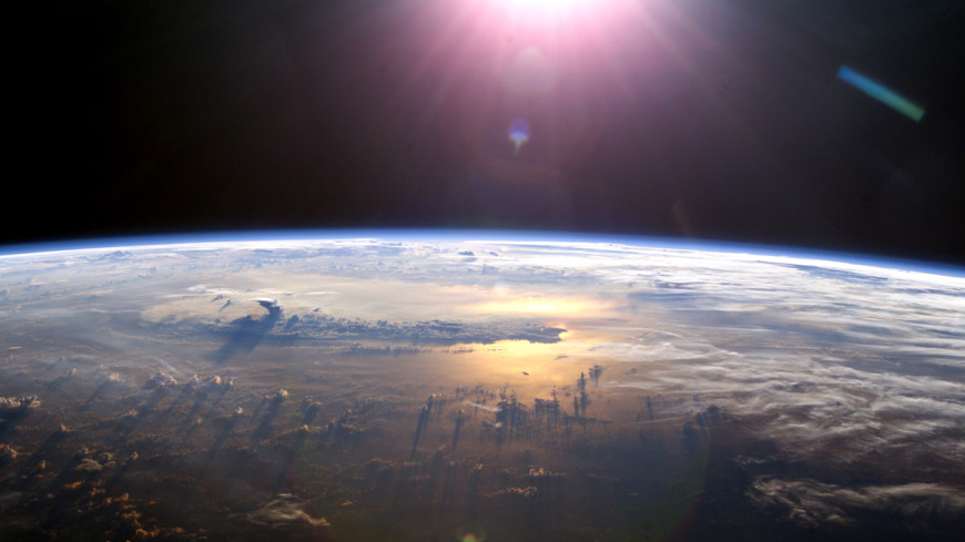 Советский спутник сошел с орбиты и сгорел в атмосфере
