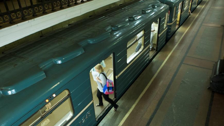 Девушка, отказавшаяся уступить место, стала причиной драки в метро