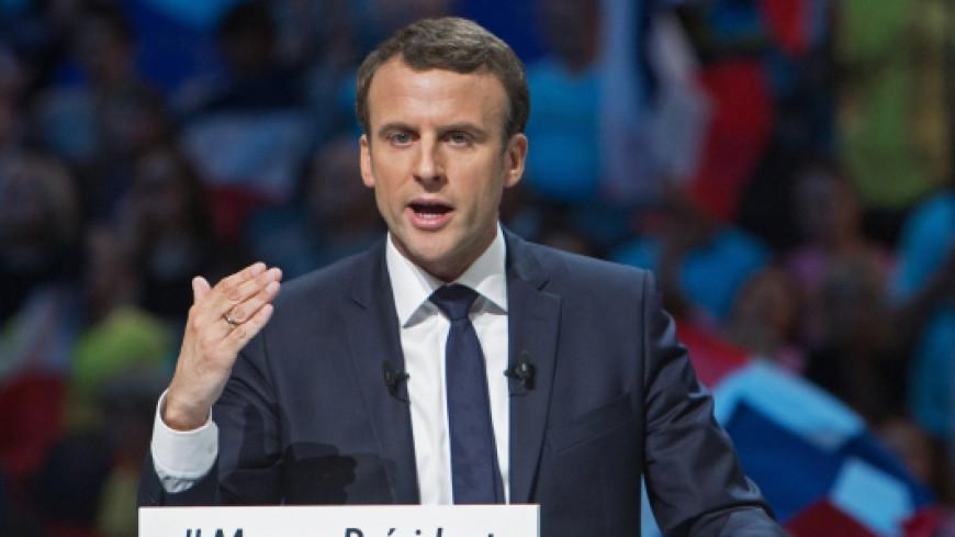 Макрон опережает Ле Пен за три дня до выборов