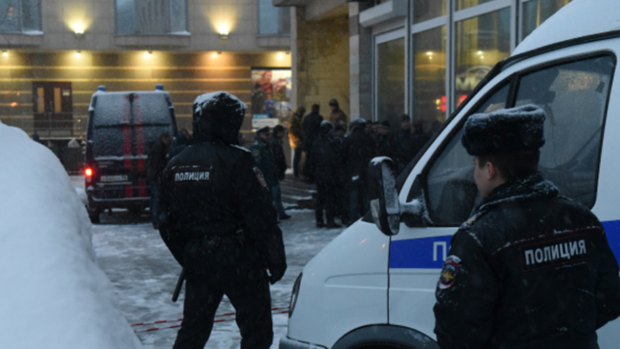 Уголовное дело возбудили по факту взрыва у библиотеки в Петербурге