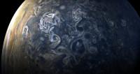 Лучшее от «Юноны»: гигантский шторм на Юпитере в цвете