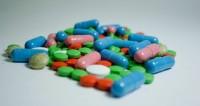 Жители Челябинска продавали дешевые БАДы под видом дорогих препаратов