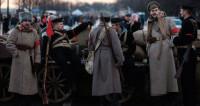 100-летие Октября: как реконструкторы «оживляют» историю