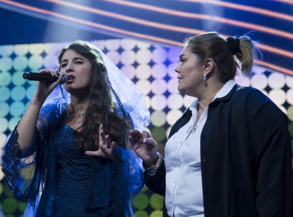 Отличница и активистка: участница шоу «Во весь голос» из Таджикистана Амаль