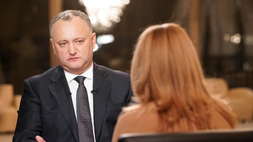 Додон: Молдова обязана строить отношения и с Востоком, и с Западом